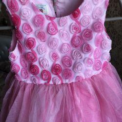 Нарядное платье 104-110