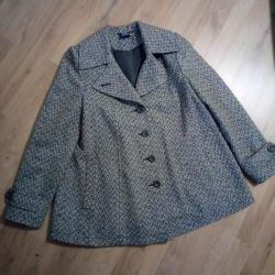 Coats for pregnant women