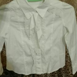 Blouse white with lace, 116 height.