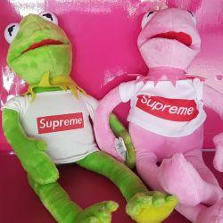 Лягушка supreme