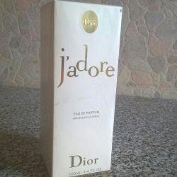 Parfumerie de apă ,, Jadore