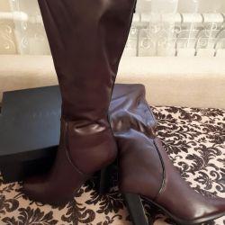 Women's winter boots 37 size.
