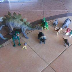 Set dinozaur