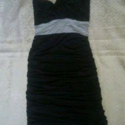 Новая элегантное платье