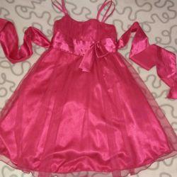 Kız için çok güzel elbise