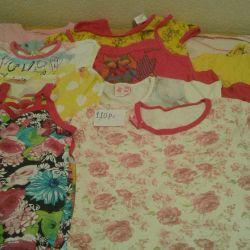 Anaokulu için elbiseler, 1 adet için fiyat.