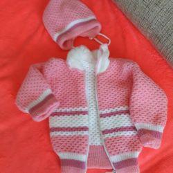 Costum cald tricotat