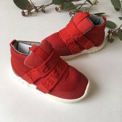 Zara sneakers 24 size new