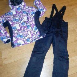 Costum pentru fată
