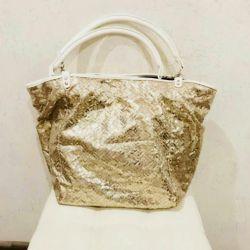 beautiful beach bag