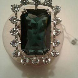 Ring of London crystal