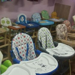 Chairs for feeding