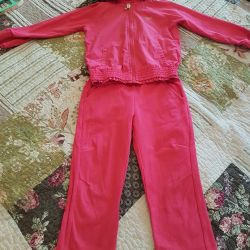 Sports suit for the girl
