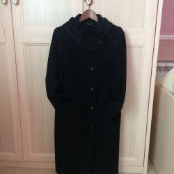 Women's black wool coat, p. 46-48