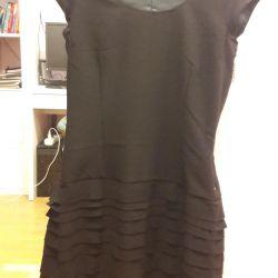 Платье новое 44 размер черное Италия