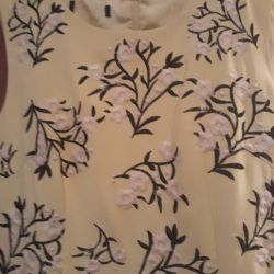 Красивое платье 44 размер