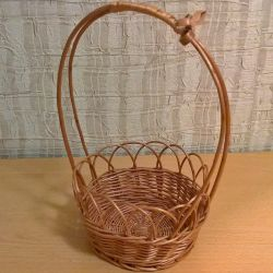 Wicker basket made of twigs, with a bow d – 14cm