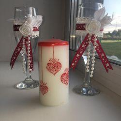 Wedding glasses + candle
