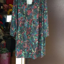TUNICS OF LARGE SIZES from 58 to 70.