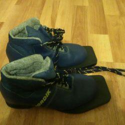 Ботинки для катания на лыжах Nordik
