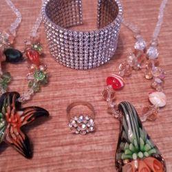 Jewelery 90s of the twentieth century