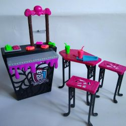 A set of furniture for Monster High