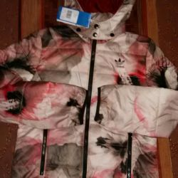 Новые стильные курточки от адидас на весну