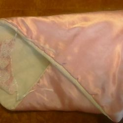 Baby blanket and bonnet
