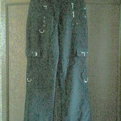 Pantaloni impermeabili cu apa