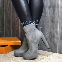 Γυναικείες μπότες αστραγάλων γυναικών
