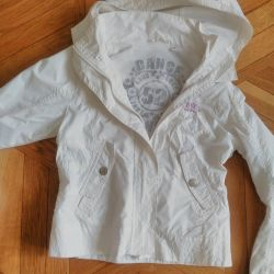 Selling a very beautiful windbreaker for a girl