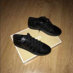 Spor ayakkabılar Michael Sors orijinal 38 p yeni !!!