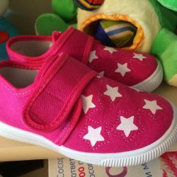 Sneakers new 27