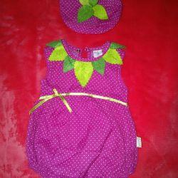 Strawberry suit