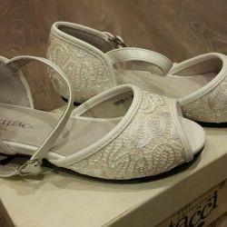 Новые сандали vitacci размер 29