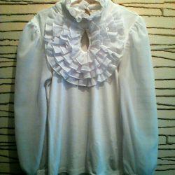 Нарядная школьная блузка в подарок брошь со страза
