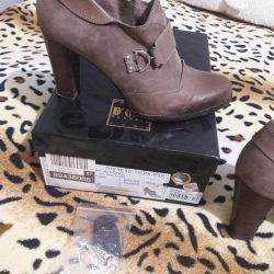Shoes genuine leather