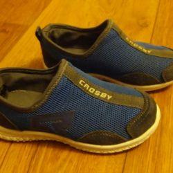 Обувь на мальчика 3-5 лет