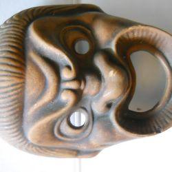 Earthenware mask
