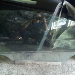 Glass door front right for Opel Astra H