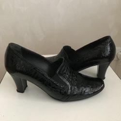 Natural shoe