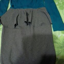 Dresses size 40-42.