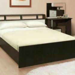 Bed with mattress 160/200. New!
