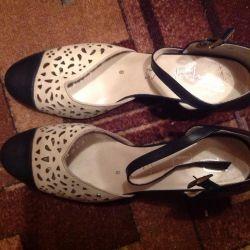 Women's shoes Respect