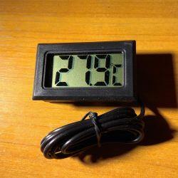 Termometru electronic cu senzor la distanță