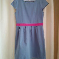 Новое платье р.152