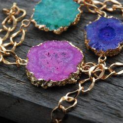 Bracelet with a cut of quartz