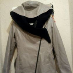 Очень качественная удлиненная кожаная куртка