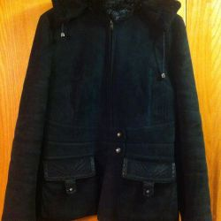 Natural sheepskin coat in perfect condition