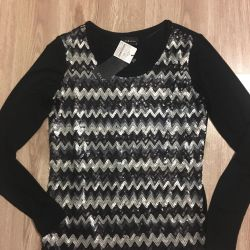 New elegant sweater with sequins